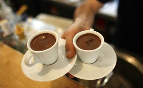 Uống cà phê giảm đáng kể nguy cơ tử vong sớm