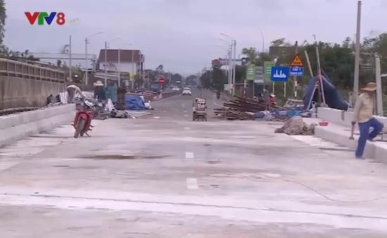 Đẩy nhanh tiến độ sửa chữa hư hỏng trên tuyến Quốc lộ 1 qua Bình Định