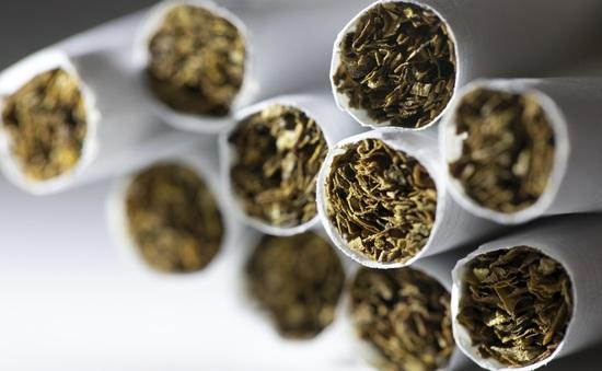 Mỹ tăng độ tuổi được mua thuốc lá
