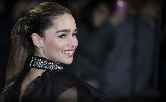 """""""Mẹ rồng"""" Emilia Clarke sẽ không chụp ảnh selfie với người hâm mộ"""