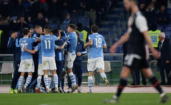 """Lazio tìm cách """"nhanh nhất"""" để phân chức vô địch với Juventus"""