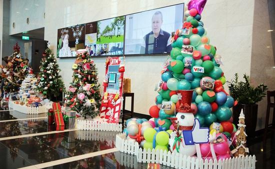 Rực rỡ sắc màu Giáng sinh tại Đài Truyền hình Việt Nam