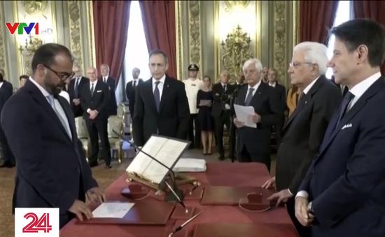Phản đối không tăng chi ngân sách, Bộ trưởng Bộ Giáo dục Italy từ chức
