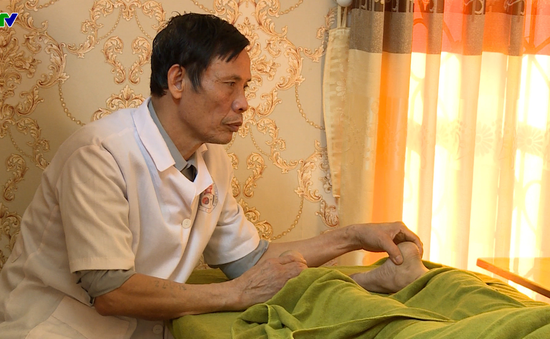 Hội người khiếm thị vươn lên làm giàu nhờ nghề tẩm quất bấm huyệt