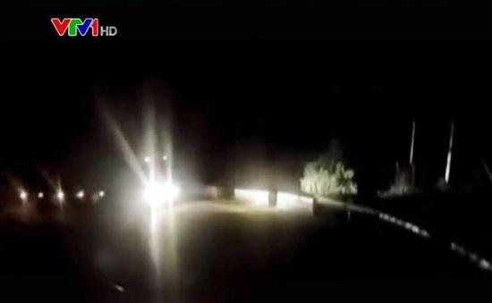 Lưu ý sử dụng đèn chiếu sáng an toàn khi lái xe ban đêm