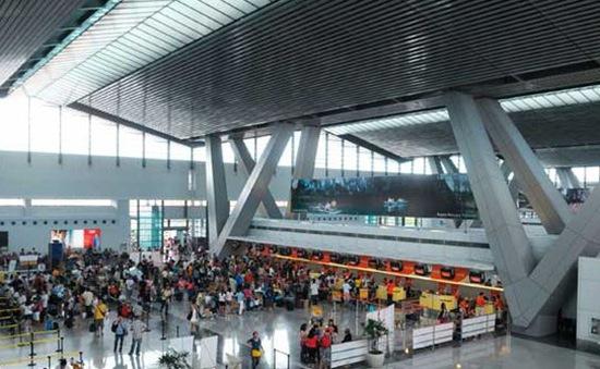 Philippines đóng cửa sân bay đề phòng bão