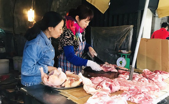 Giá thịt lợn có dấu hiệu giảm