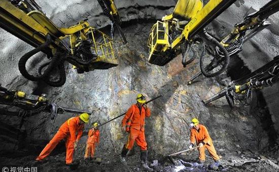 Trung Quốc: Sập đường hầm cao tốc khiến 6 người thiệt mạng