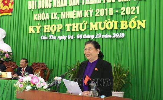 Phó Chủ tịch Quốc hội Tòng Thị Phóng dự kỳ họp thứ 14 của HĐND TP Cần Thơ