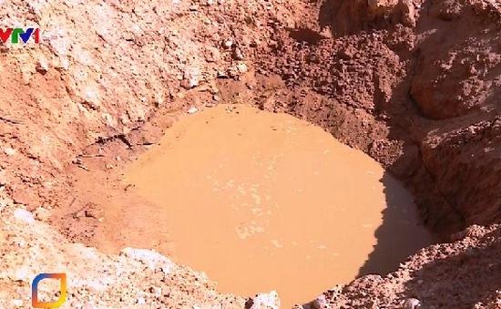 Hố chôn chất thải ảnh hưởng cuộc sống người dân Sóc Sơn, TP Hà Nội