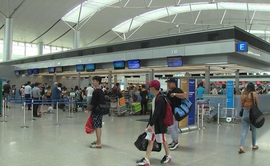 Sân bay giảm 20% lượng hành khách do dịch COVID-19