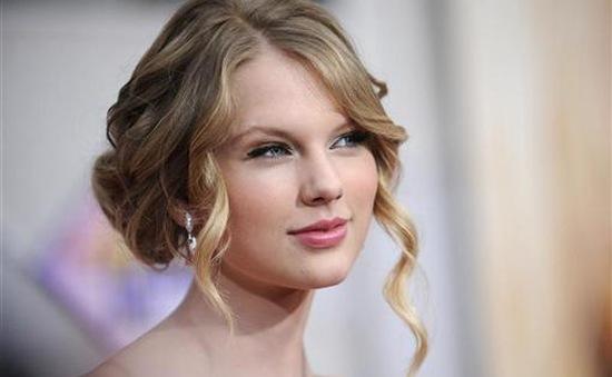 Taylor Swift là nghệ sĩ trẻ giàu nhất thế giới năm 2019