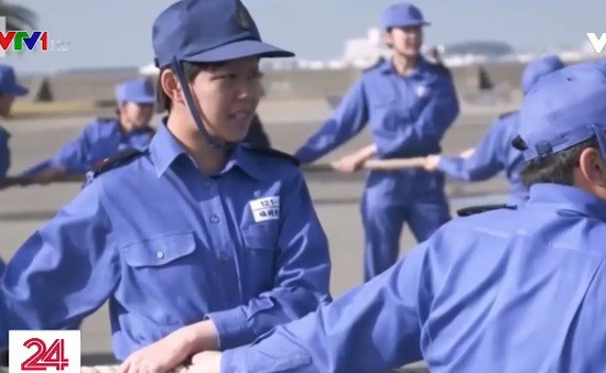 Tăng cường nhân sự nữ trong quân đội Nhật Bản