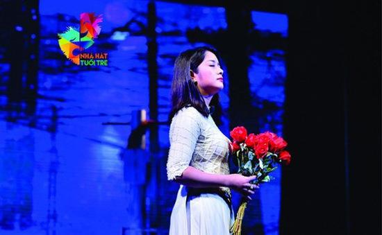 """Vở kịch """" Tin ở hoa hồng"""" của cố tác giả Lưu Quang Vũ được phục dựng sau 33 năm"""