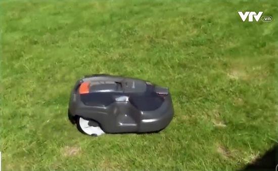 Robot làm vườn 3 trong 1 với mức giá 4.000USD
