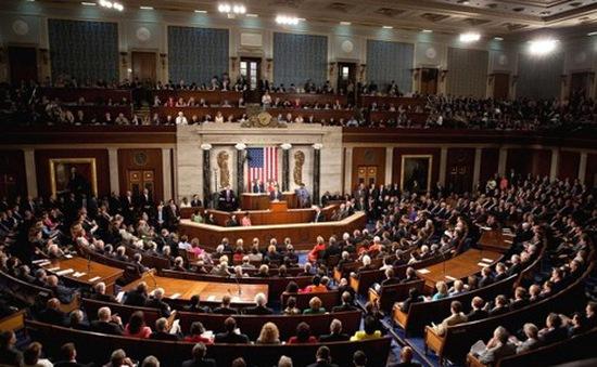 Thượng viện Mỹ thông qua dự luật chi tiêu