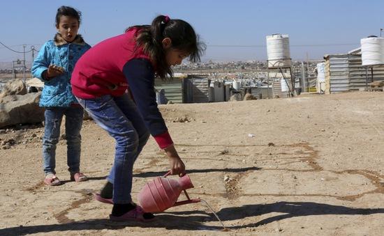 Xung đột vũ trang hủy hoại tương lai của trẻ thơ