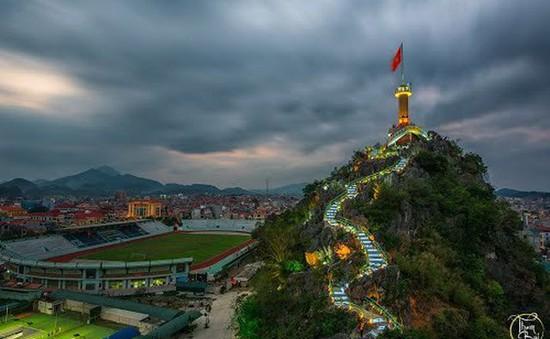 """Ngỡ ngàng với 4 địa danh """"Vạn lý trường thành"""" đẹp mê hồn ở Việt Nam"""