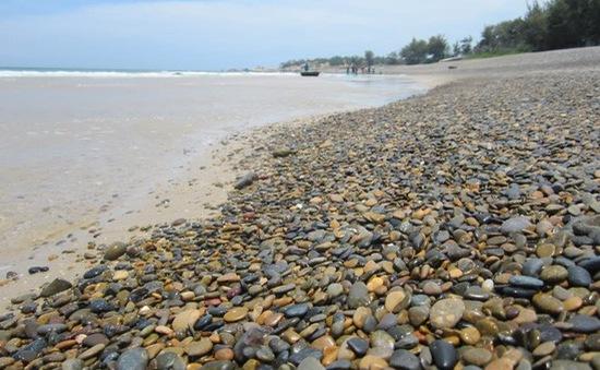 Bình Thuận: Kiểm điểm trách nhiệm quản lý Nhà nước vụ bãi đá 7 màu