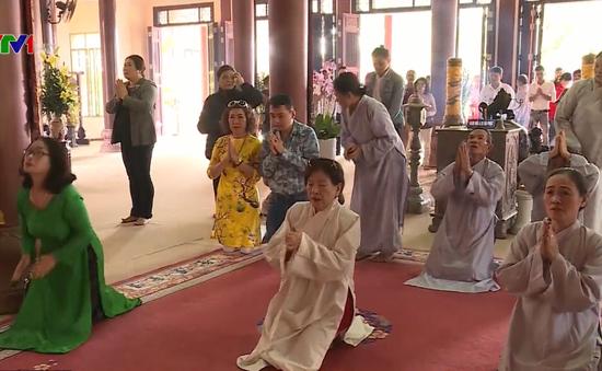 Đi lễ chùa - Nét đẹp văn hóa đầu năm mới