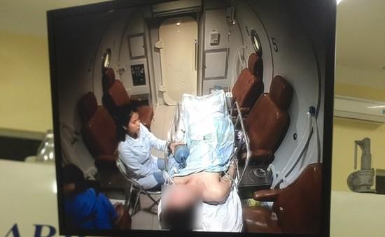 Hồi sinh bệnh nhân thắt cổ tự tử bằng phương pháp điều trị oxy cao áp
