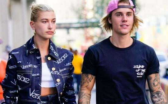 Justin Bieber vẫn chưa hoàn toàn tin tưởng vợ