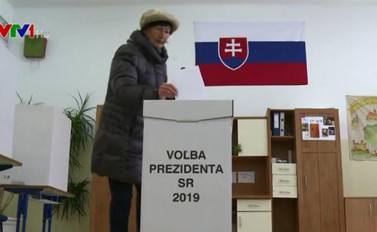 Slovakia bắt đầu bầu cử tổng thống
