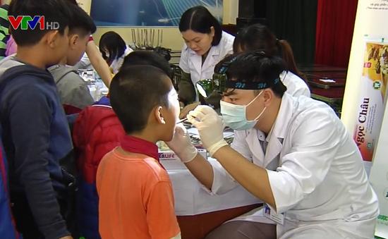 Phát động chăm sóc sức khỏe răng miệng cộng đồng