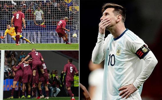 Trong ngày Messi trở lại, ĐT Argentina thất bại 1-3 trước Venezuela