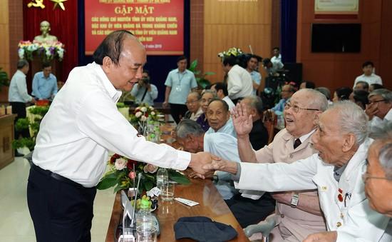 Thủ tướng gặp gỡ với nguyên lãnh đạo tỉnh Quảng Nam