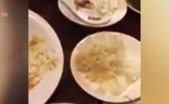 Phát hiện món thịt lợn xá xíu có nhiều hạt trắng giống thịt lợn gạo tại một nhà hàng ở Hà Nội