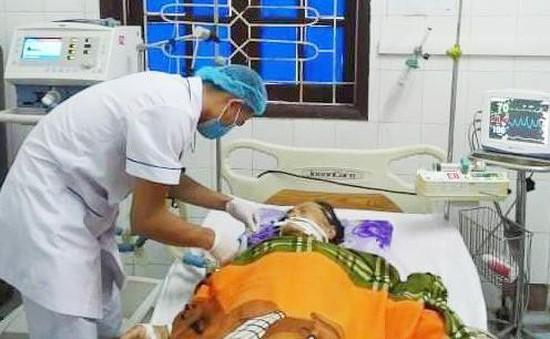 Cứu sống nữ bệnh nhân cao tuổi bị suy hô hấp cấp nguy kịch