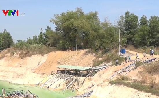 Long An: Cạn kiệt nước giếng khoan trầm trọng do hầm khai thác đất