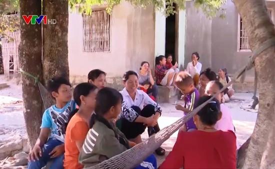 Nhóm phụ nữ ngăn chặn nạn tảo hôn ở Khánh Hòa