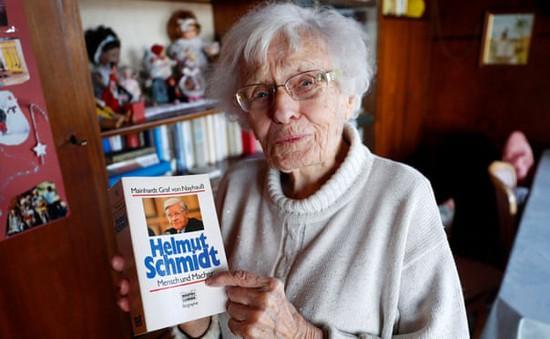Cụ bà tranh cử ở tuổi… 100