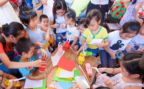 """Trải nghiệm """"Khu rừng sách tương tác"""" ở Ngày sách Việt Nam 2019"""