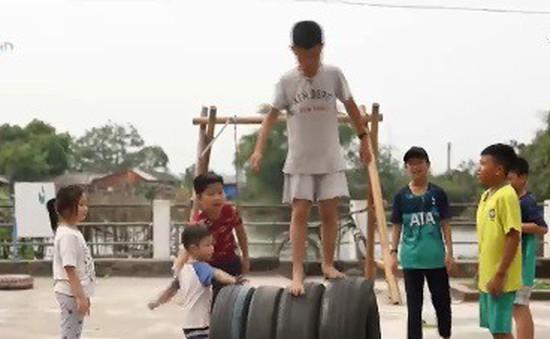 Những người làm ra sân chơi xanh cho trẻ em