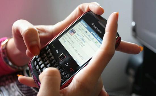 """Ngày buồn cho những tín đồ """"dâu đen"""": BlackBerry khai tử ứng dụng tin nhắn BBM"""