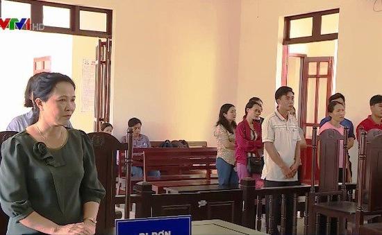 Phú Yên: 12 giáo viên bị chấm dứt HĐLĐ được bồi thường hơn 840 triệu