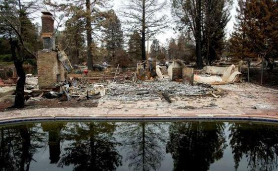 Mỹ: Phát hiện nước uống nhiễm chất gây ung thư máu sau vụ cháy rừng ở California