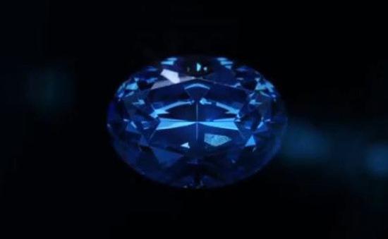 Tiết lộ viên kim cương xanh có giá trị lớn nhất thế giới