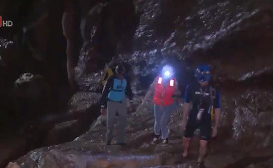 Cần chuẩn bị những gì cho chuyến thám hiểm hang động?