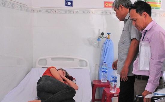 Quảng Ngãi: Hàng chục công nhân nhập viện nghi ngộ độc thực phẩm