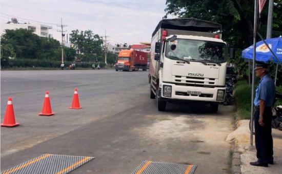 TP.HCM siết chặt xử lý xe quá tải