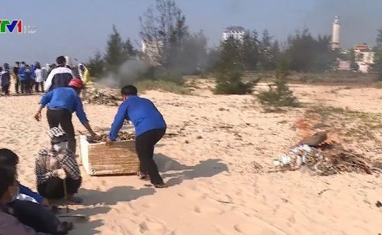 Quảng Bình ra quân bảo vệ môi trường biển