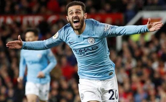 ẢNH: Hạ gục Man Utd, Man City dẫn đầu BXH Ngoại hạng Anh