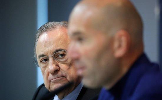 Hứa trao toàn quyền cho Zidane nhưng hành động cho thấy Chủ tịch Perez đang nuối lời?