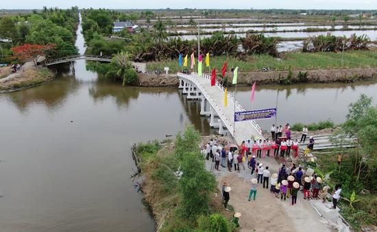 Hai cây cầu mới ở Cà Mau được đưa vào sử dụng