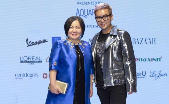 Thay thế Công Trí, Chung Thanh Phong tự tin làm nên điều đặc biệt mở màn Tuần lễ thời trang quốc tế Việt Nam Xuân - Hè 2019