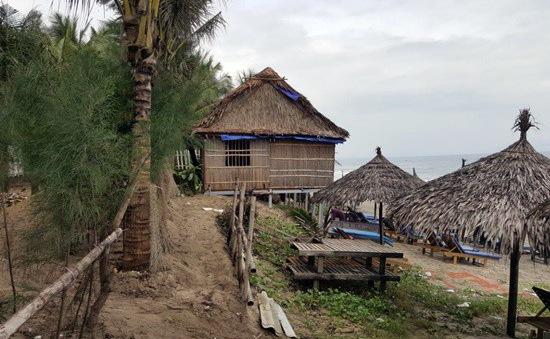 Hàng chục hộ dân lấn chiếm, xây dựng trái phép ở bãi biển Hội An